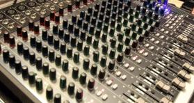 mix-desk-1